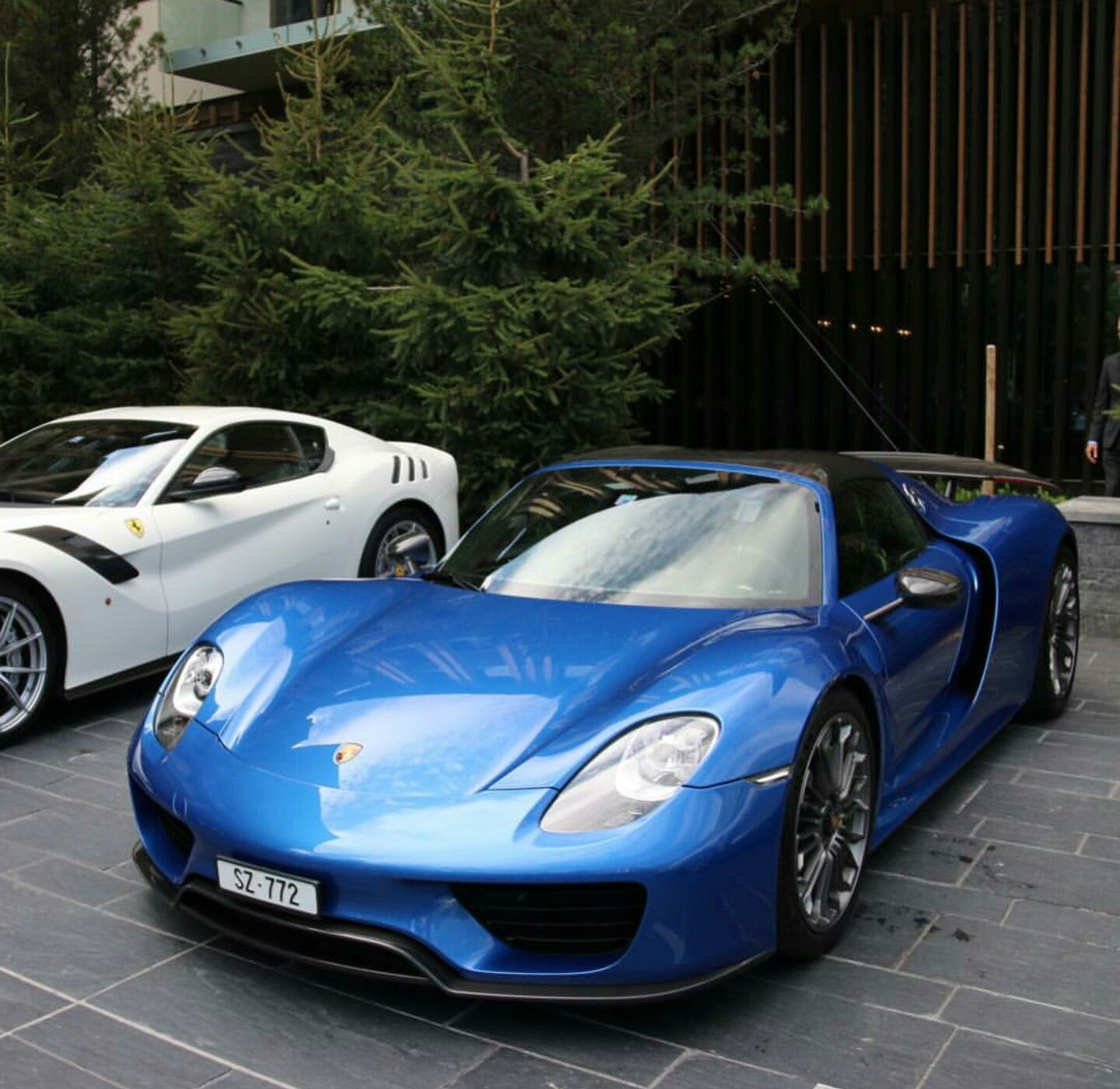 Porsche 918 Spider and Ferrari F12 tdf Super cars