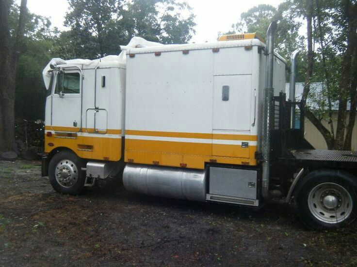 Pin by Michael Overholt on Semi-Trucks | Pinterest | Semi trucks