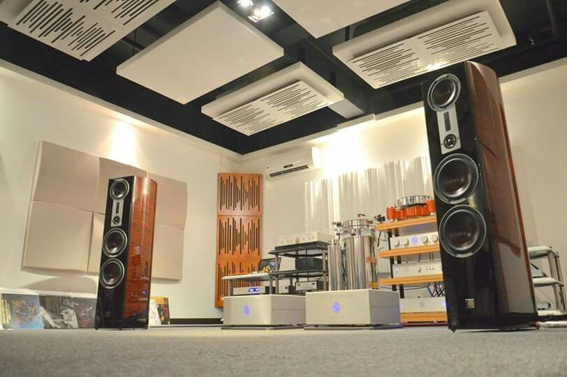 High end audio audiophile music listening room | The art ...