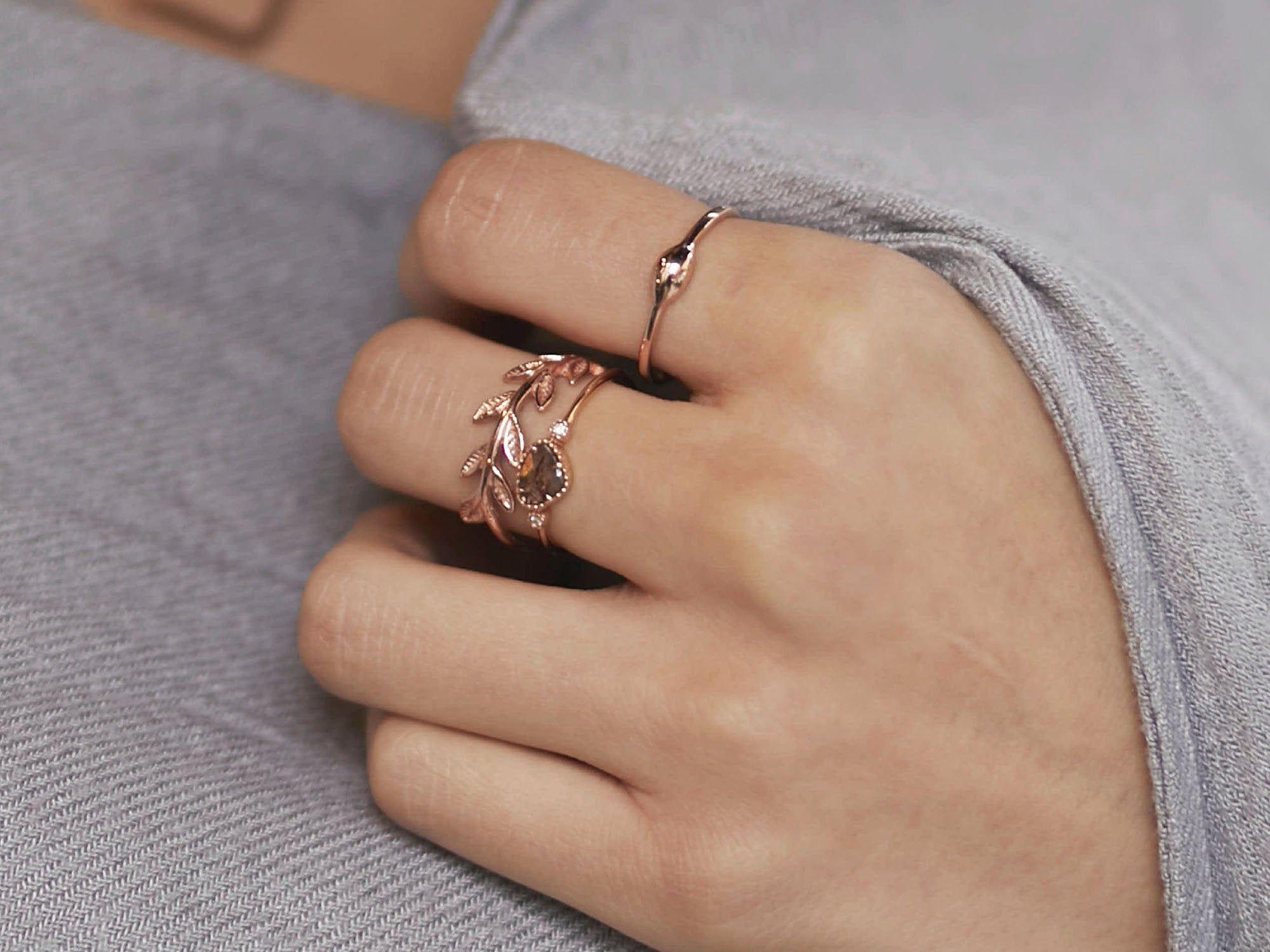 Rose Gold Leaf Wedding Band – Botanical wedding ring – Gold leaf stack ring – Twig Gold Ring – Branch gold band – Vine wedding ring