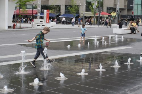 Playful Jets In Place Des Festivals Montreal Quebec Water Features Pool Fountain Water