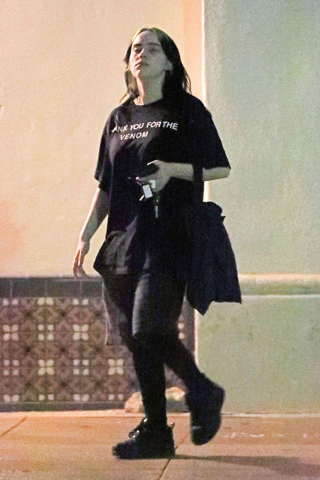 Billie Eilish Leaving A Night Gym Session In La 11 30 2019 ในป 2020