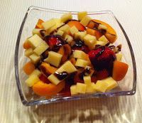 Wessels Küchenwelt: Aprikosen-Erdbeer-Käse-Salat