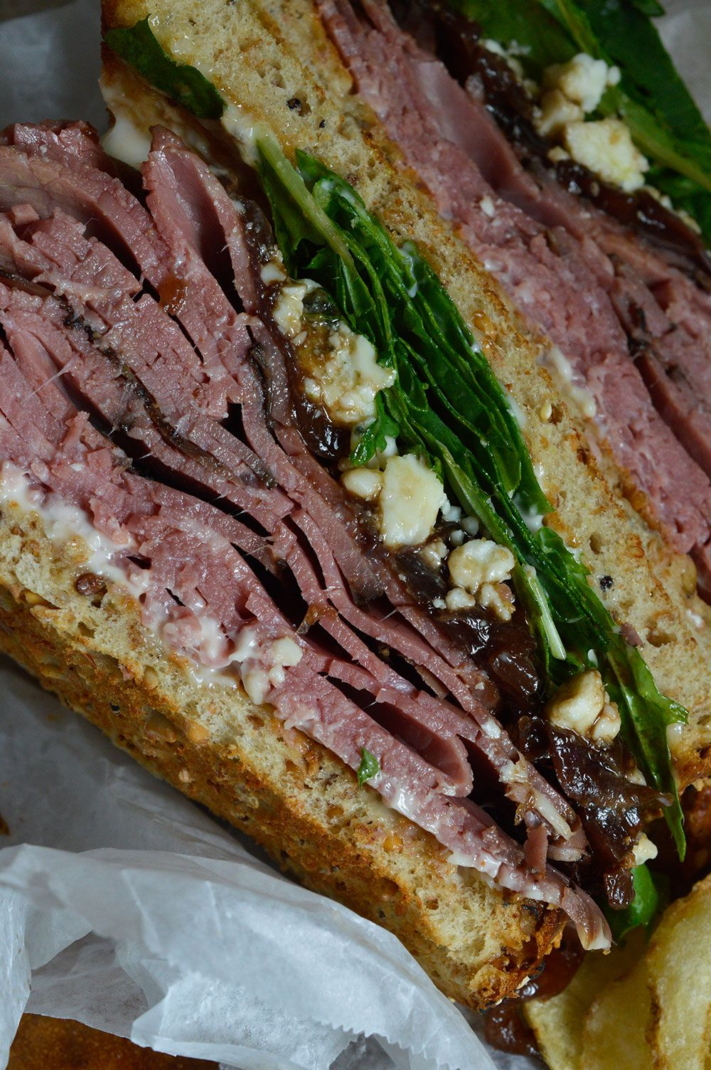 this deli style roast beef sandwich is the best kind of lunch! easy