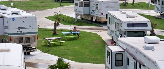 The Galveston Islands In Galveston Texas Provide One Of The Most Beautiful Backdrops In The Country For People Looking To Jamaica Beaches Rv Parks Rv Vacation