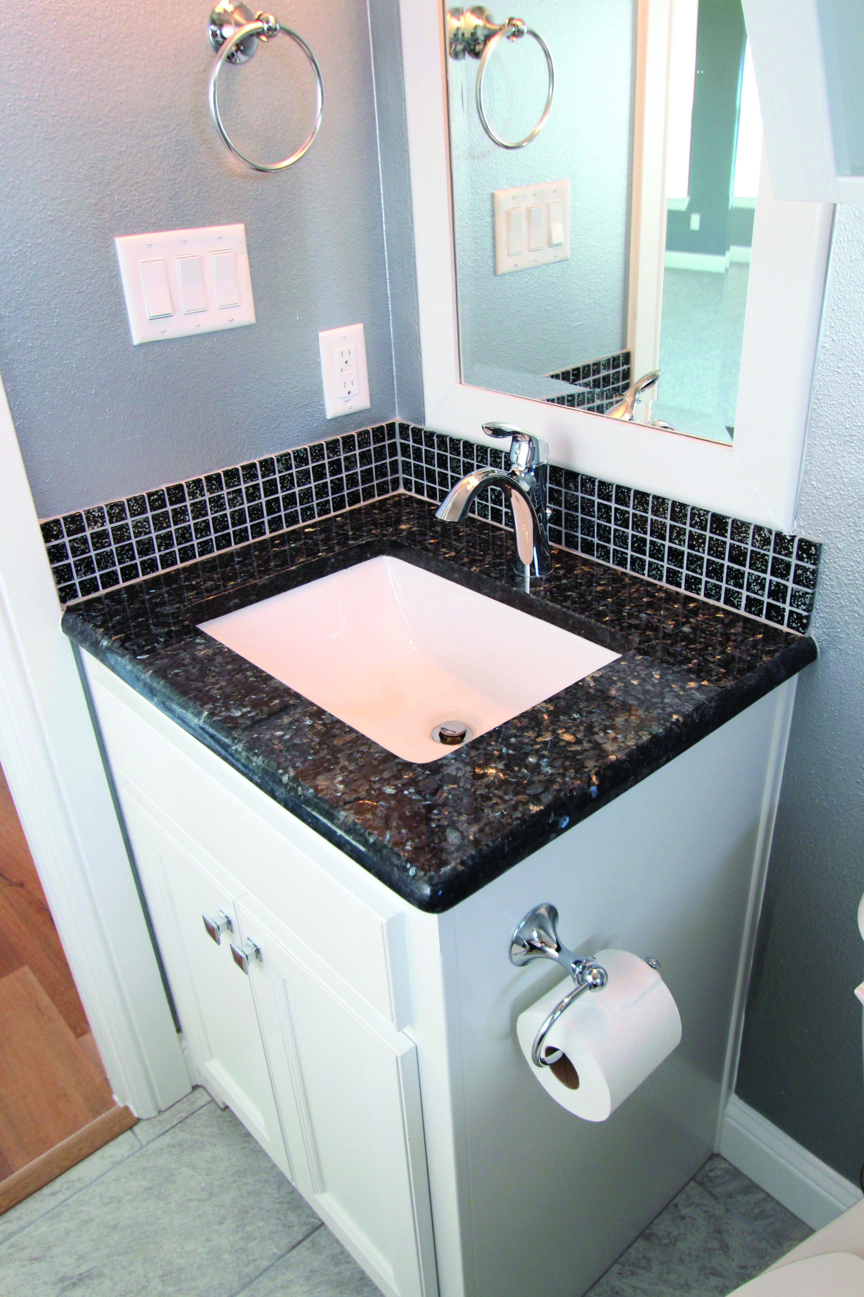 Homeeideas Com Blue Granite Countertops Blue Pearl Granite Custom Granite Countertops