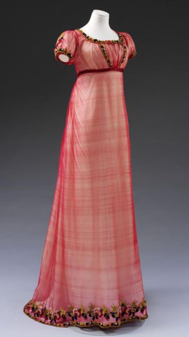 Wunderschönes Abendkleid aus Seide, England um 1810 | Vintage ...
