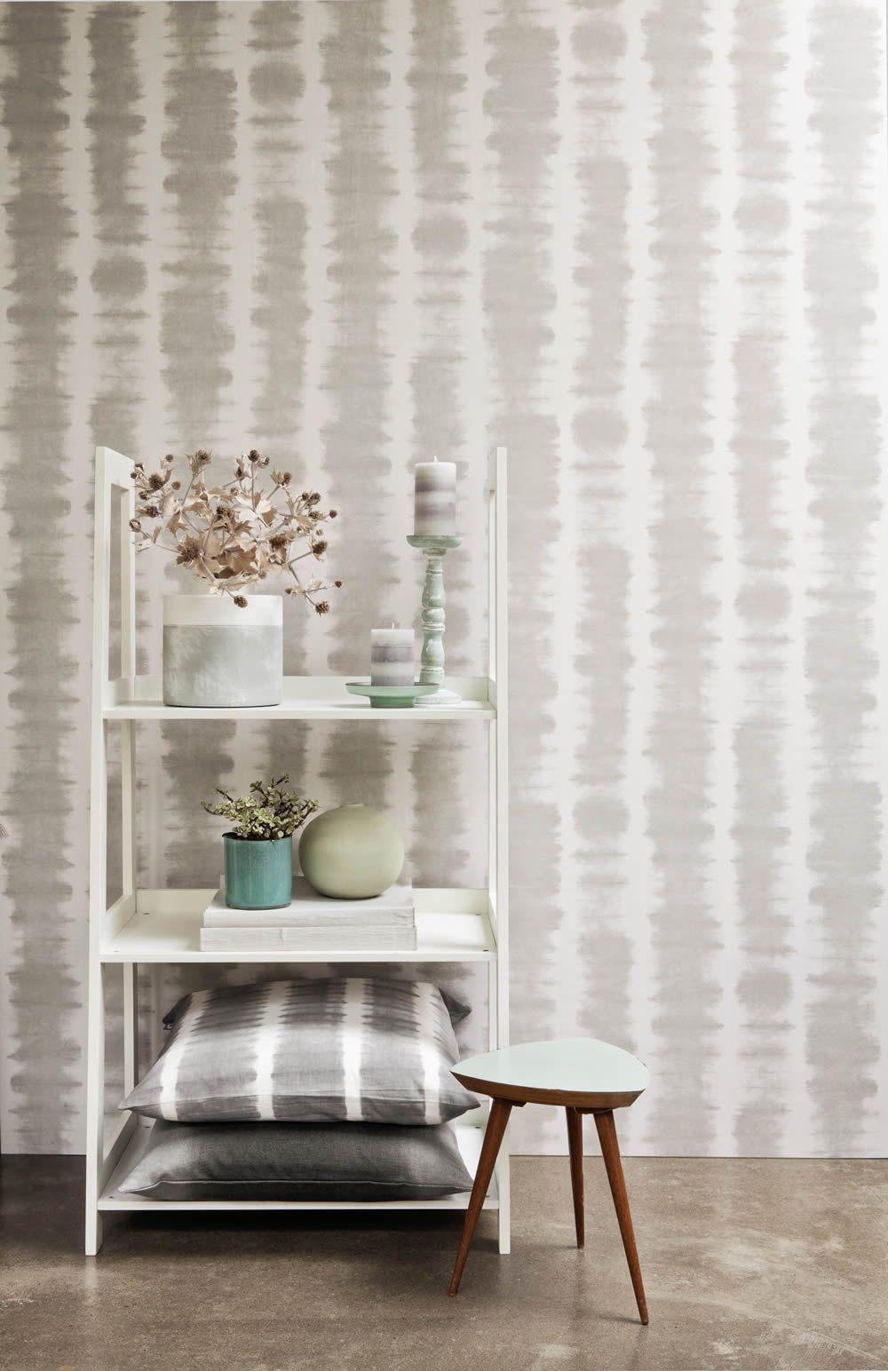 12 nomadics 15 der graue farbverlauf der vliestapete sorgt f r ein kreatives aussehen im flur. Black Bedroom Furniture Sets. Home Design Ideas