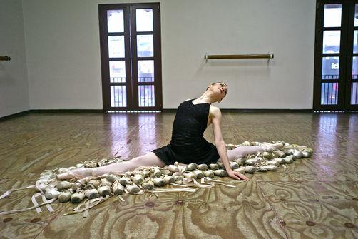 Kike Calvo Ballerina
