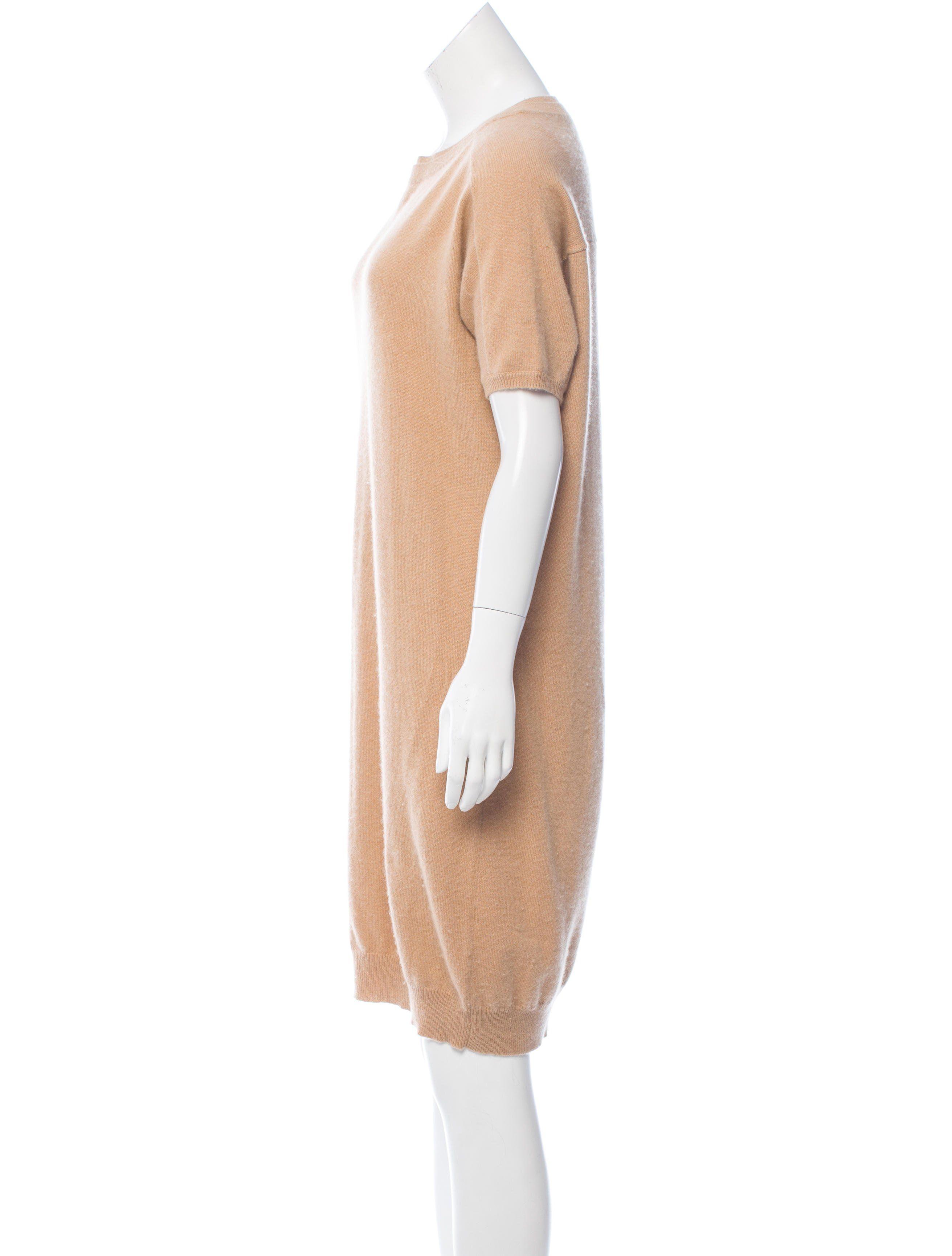 62447eb6d94 Cashmere Sweater Dress It s Chloe!  Nuff said