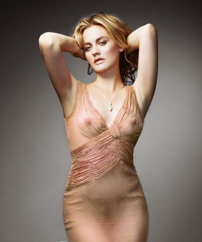 Foto 2 De Alicia Silverstone Desnuda Y Fuera De Onda Cultture