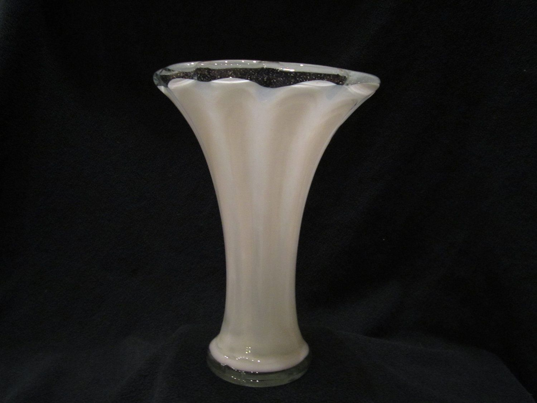 Hand blown vase blown vase amazing colorful vases hand blown vase reviewsmspy