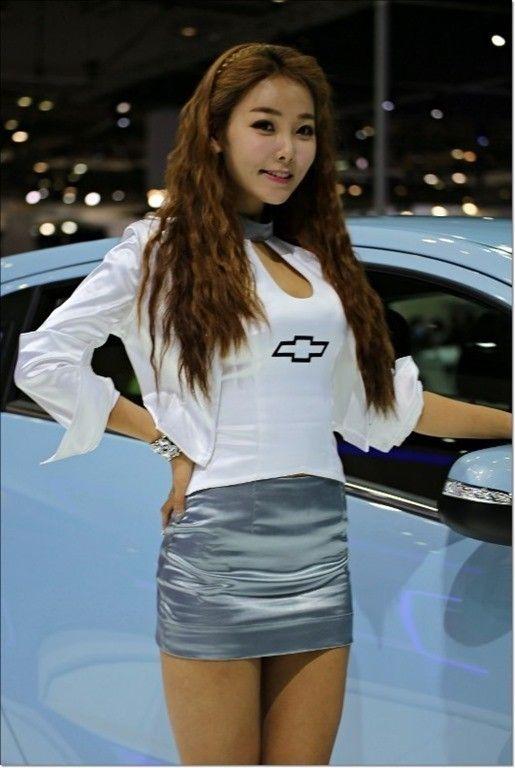 Sexy Car Show Models