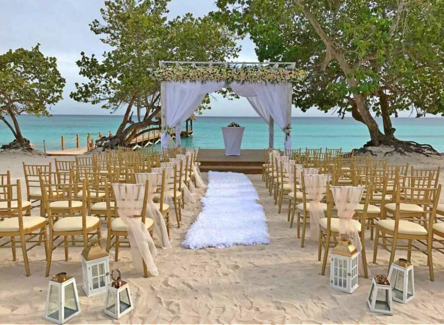 A Walk You Will Remember For A Lifetime Share Your Dream Day With Us Dreams Resorts Destination Wedding Inspiration Cancun Destination Wedding