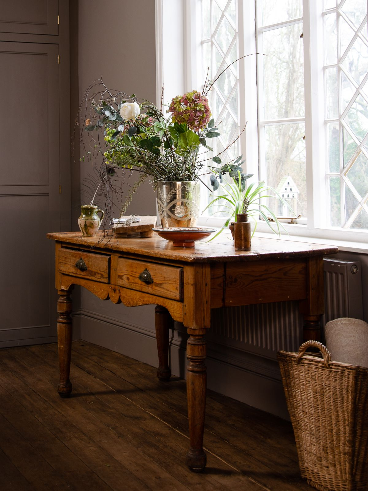 a perfect little vintage pine table it would work beautifully as a rh pinterest com
