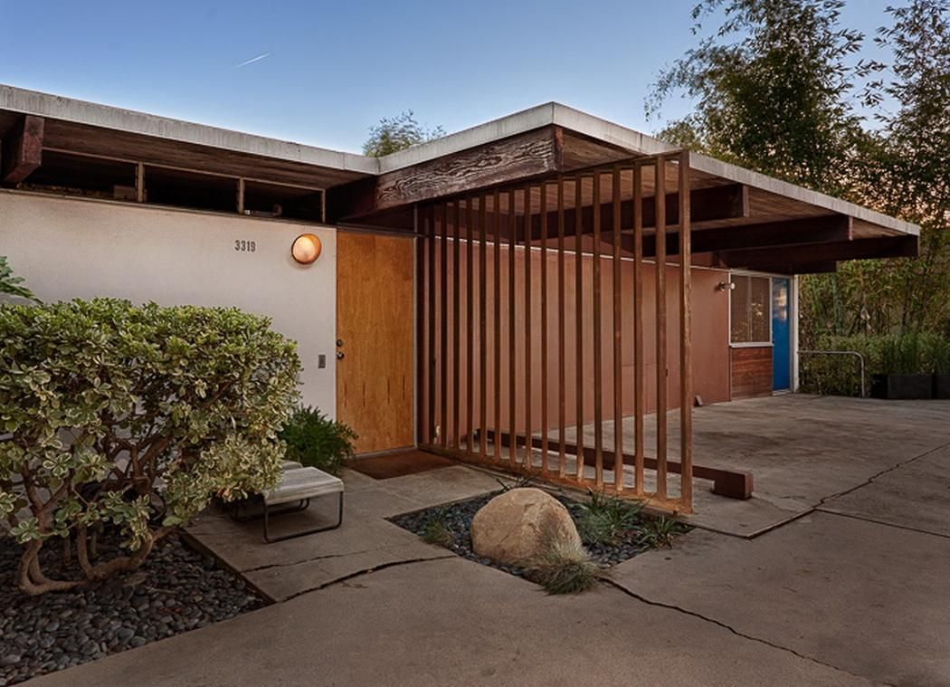 Hailey Residence a small house in the