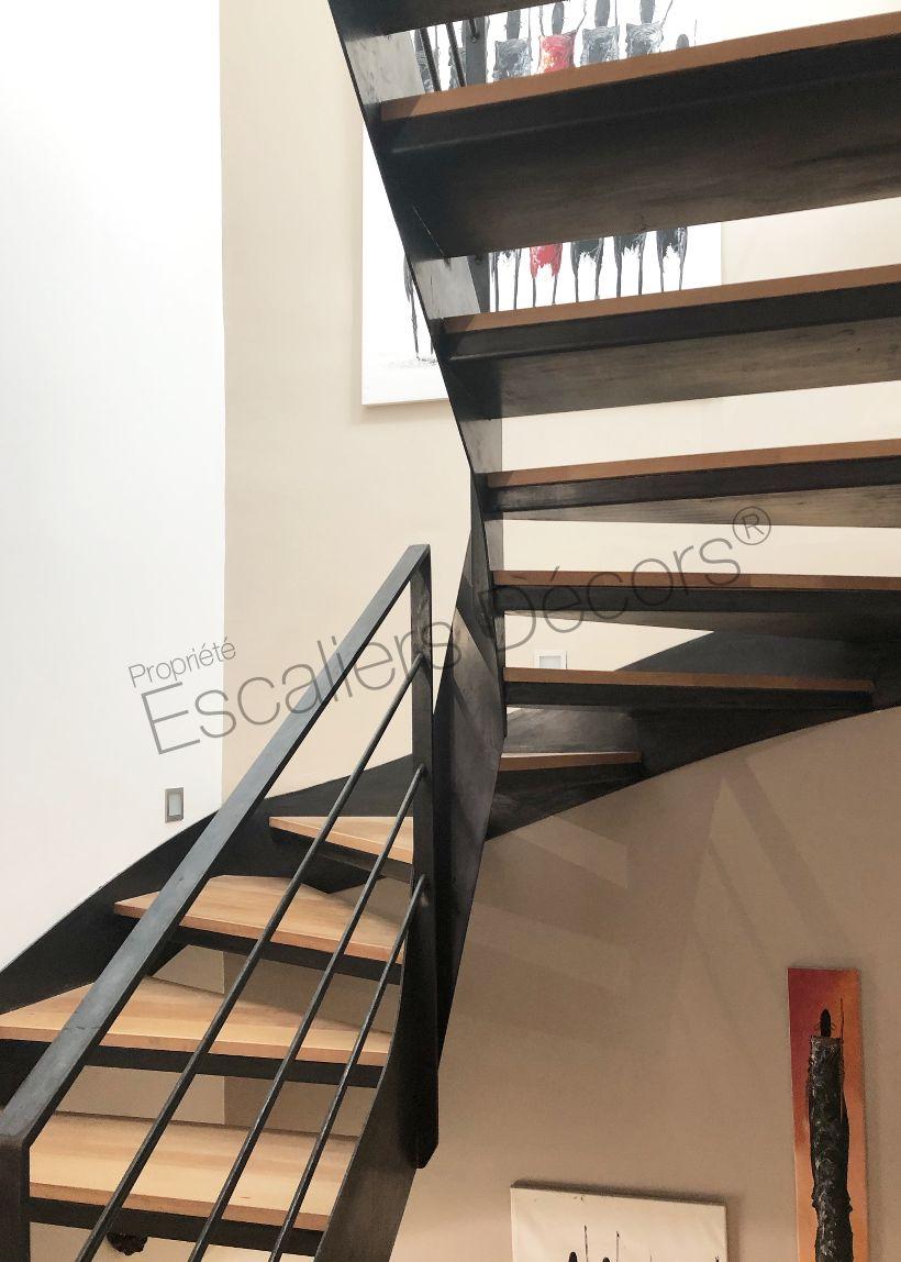 Photo DT132   Escaliers Décors® ESCAu0027DROIT® 2/4 Tournants. Escalier