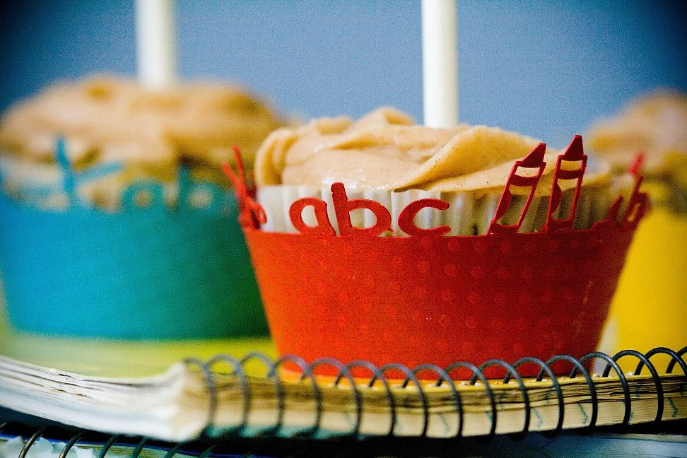 Back to School Cupcakes - (A)pple, (B)anana, (C)arrot ~ Cupcake Project