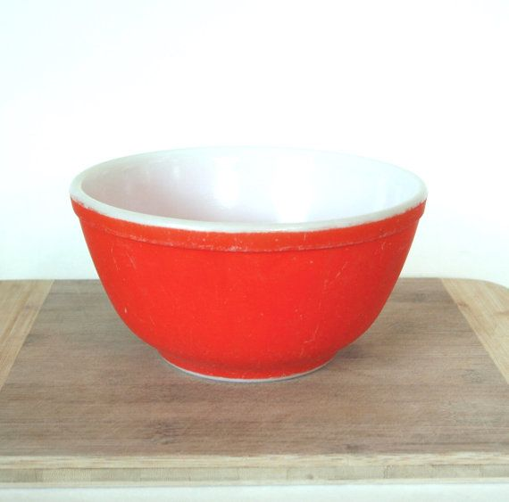 Vintage 1940\'s Red Pyrex Mixing Bowl 1 1/2 Quart Size Not Numbered ...