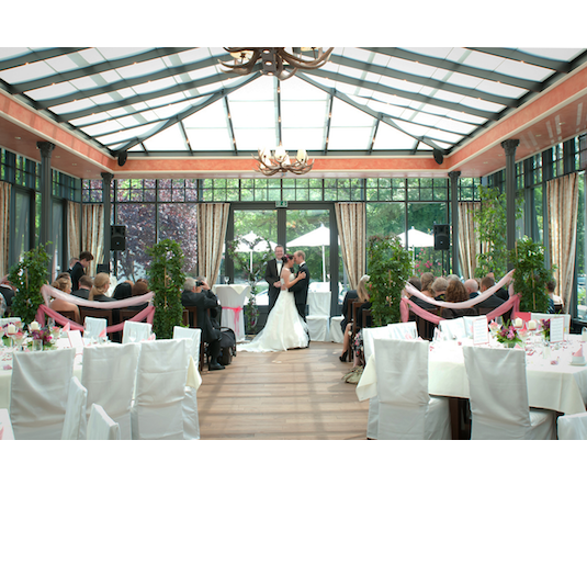 Informationen Zu Hotel Landgasthof Hofmeier Als Hochzeitslocation Fur Ihre Hochzeit In Munchen Jet Hochzeitslocation Location Munchen Hochzeitslocation Bayern