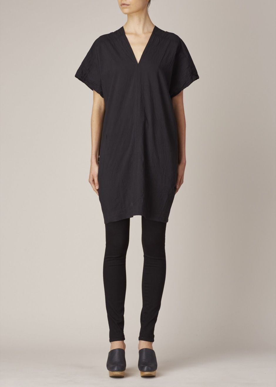 3139fa6ec2c UZI Oversized V-Neck Dress (Black)