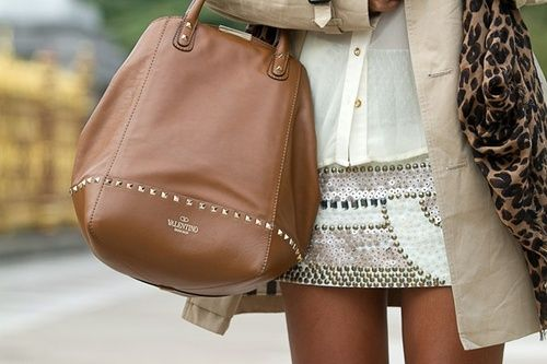 Love the outfit! Oh and the Valentino bag isn't bad either...