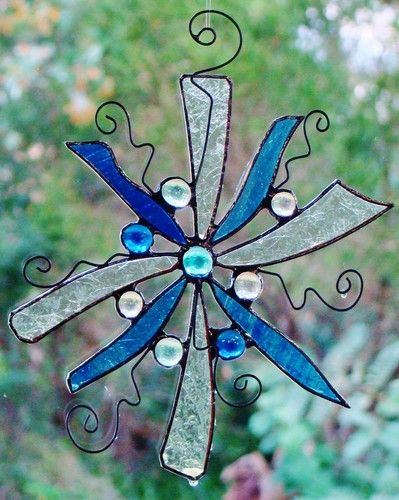 CRYSTAL BLUE SNOWFLAKE Stained Glass DREAMCATCHER Hand Made Abstract SUNCATCHERS $29