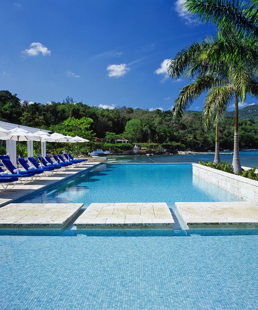 Vacation And Resorts: Round Hill Hotel And Villas (Montego Bay, Jamaica