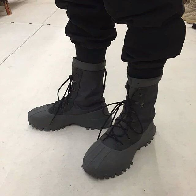 differently 341b2 c87f6 NEW Yeezy Season 3 Sneakers Revealed! (Yeezy 550   1050 Boot)