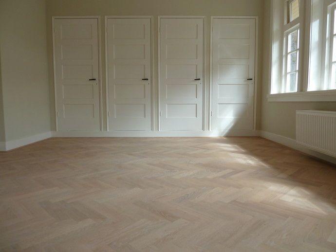 Eikenhouten Visgraat Vloer : Visgraat vloer eiken extra white kast suelos