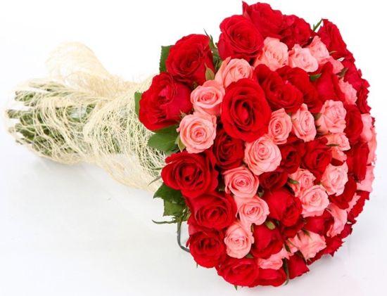 bonitos ramos de rosas rojas y rosadas