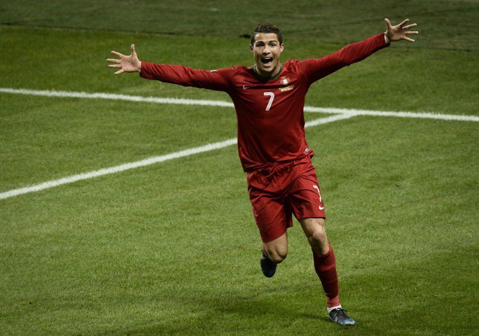 Cristiano, 3 goles ante Suecia