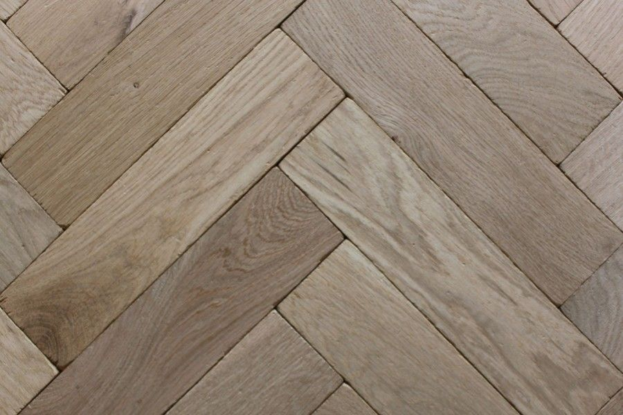 Herringbone wood floor tile layout https floor for Wood floor herringbone