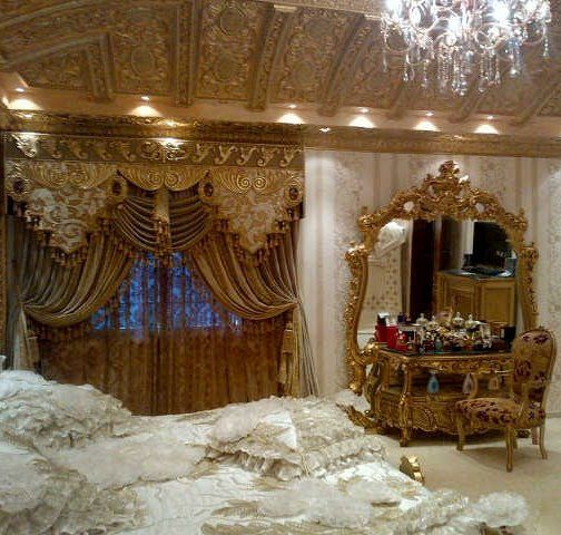 Living the life of luxury is what this is all about! Gorgeous luxurious bedroom!