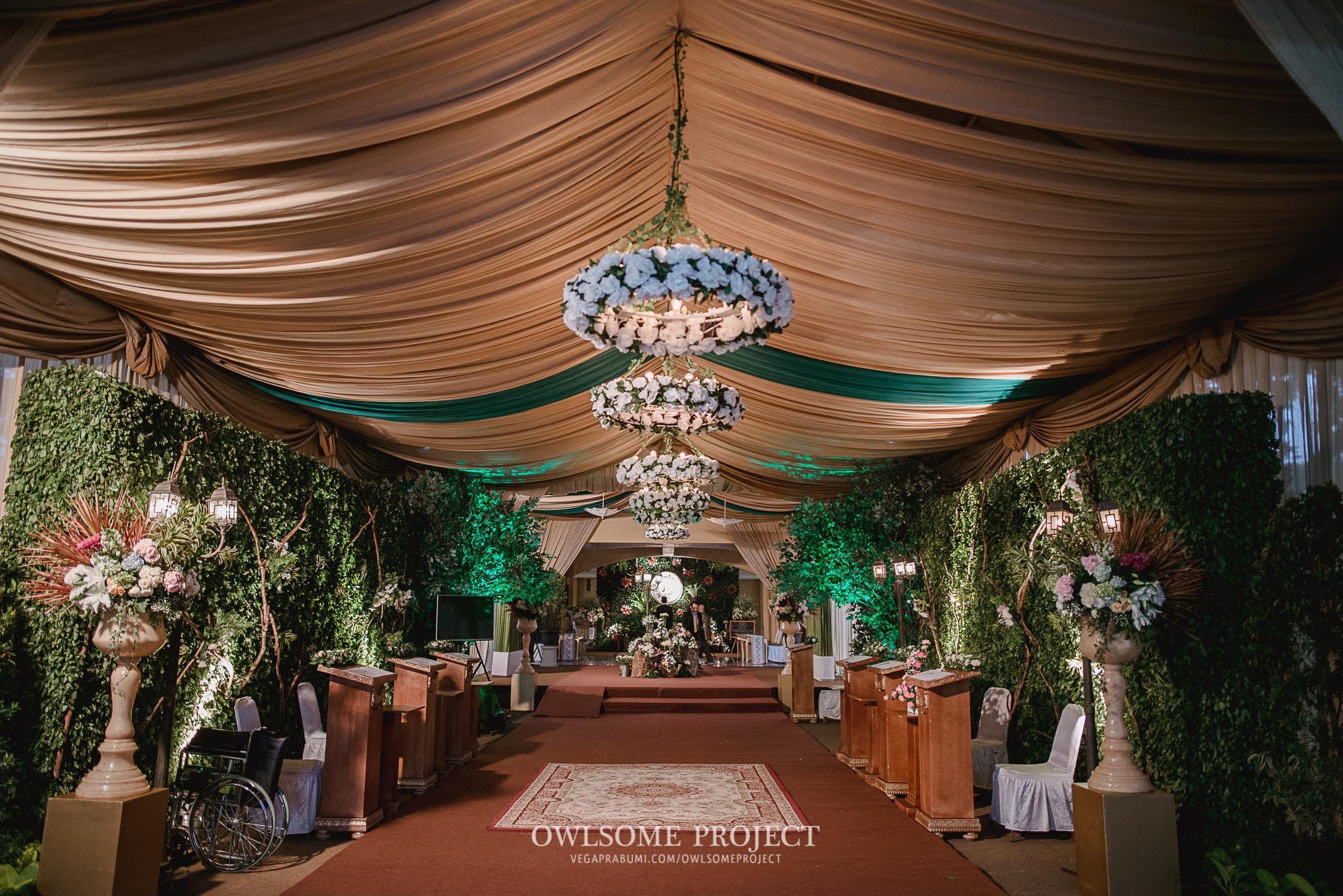 Pernikahan adat Sunda dengan Sentuhan Hijau owlsome 145