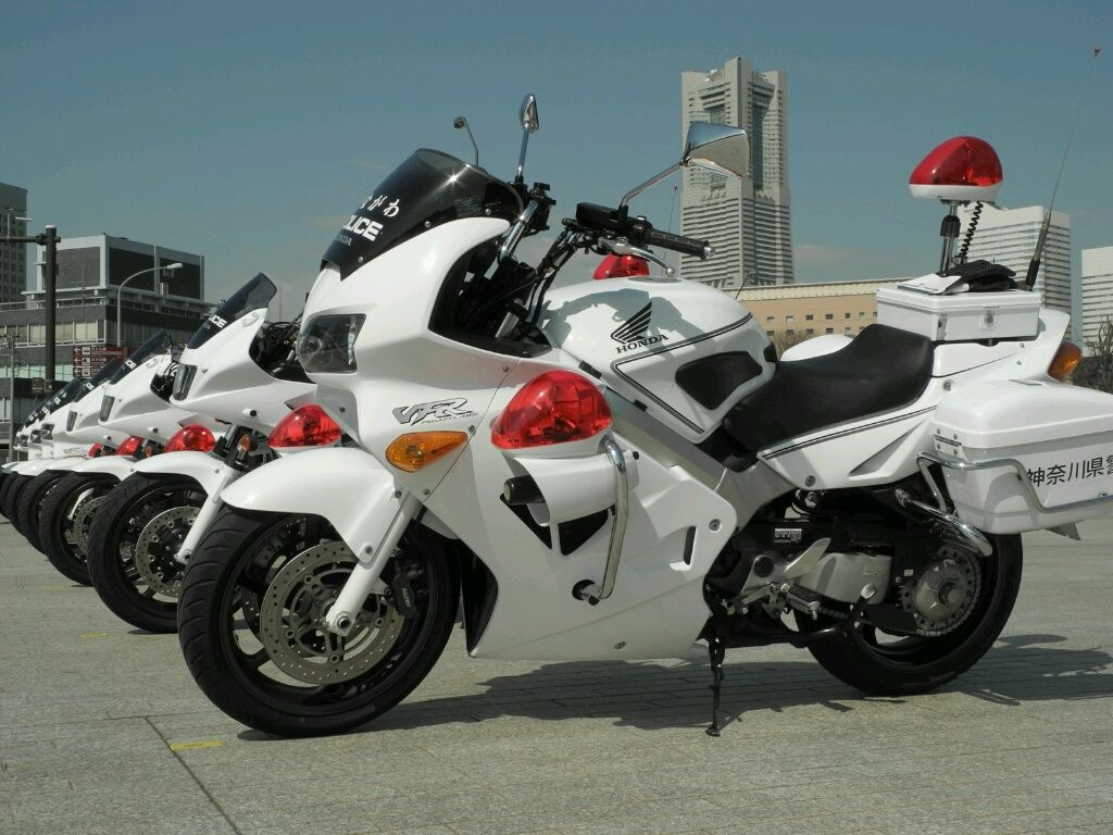 ??? Japan Police Bike Police Motorcycles Pinterest