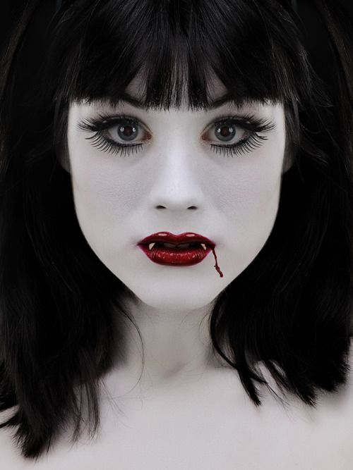 Cool Vampire Makeup And Now The Vampire Pinterest