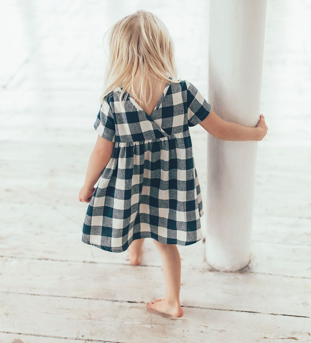 Pin by Stoff Stories on Girls clothes   Little girl fashion, Kids ...