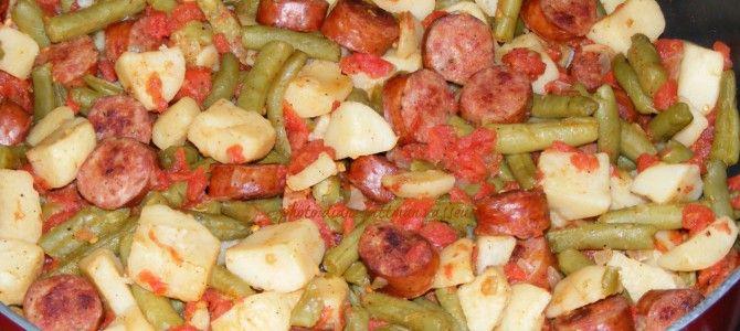 sausagegreenbeansandpotatoskillet 2276