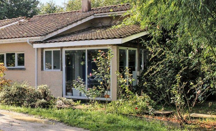 Chantier : fabriquer une véranda en béton cellulaire | Veranda, Veranda bois et Decoration exterieur