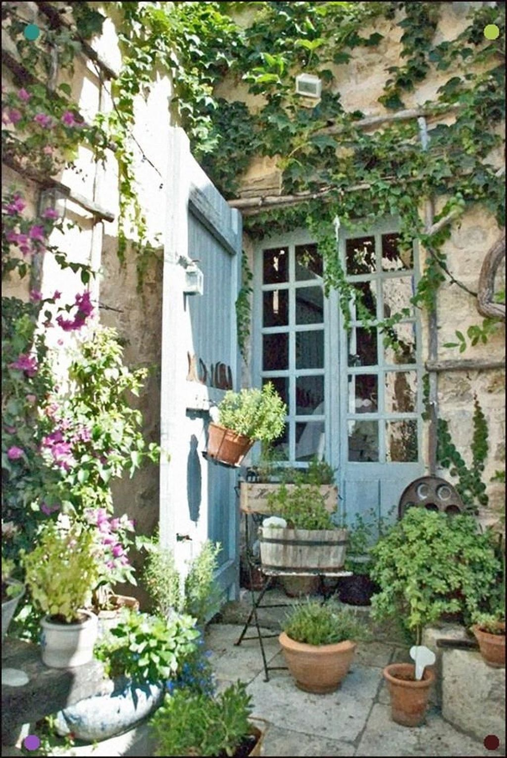 Stunning Small Patio Garden Decorating Ideas 51 | French ...
