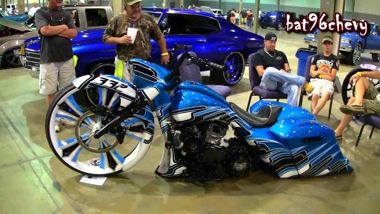 a blue black u0026 white striped harley davidson road king bagger