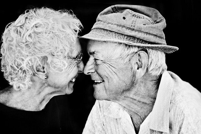 i cant wait to be old and still in love with the man i marry ... to cute .... and i really hope the man you marry and want to spend your life with is me id give anything for that to be us one day i love you amber