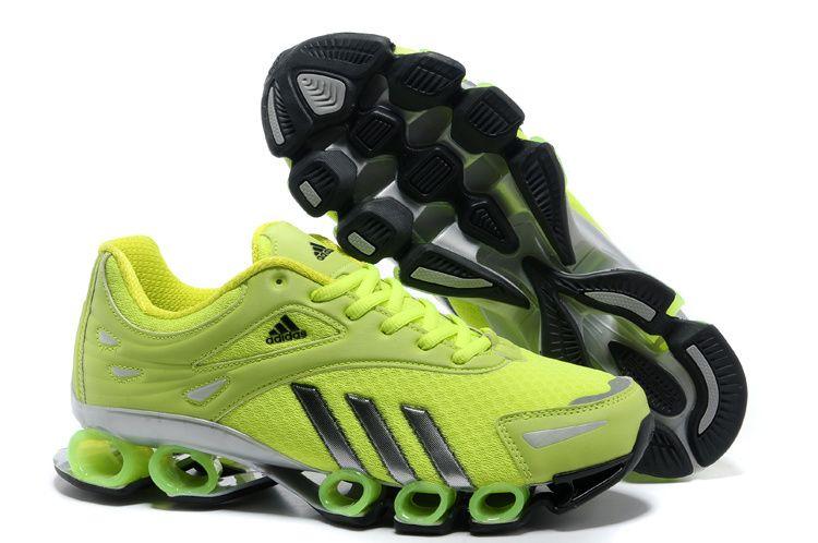 Cele mai bune ghete Adidas Bounce Titan