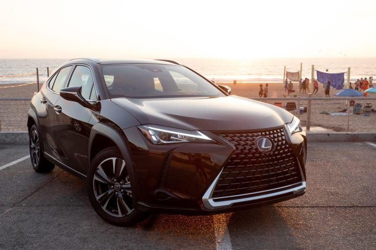 2019 Lexus UX 200 First Drive Missing a Solid User