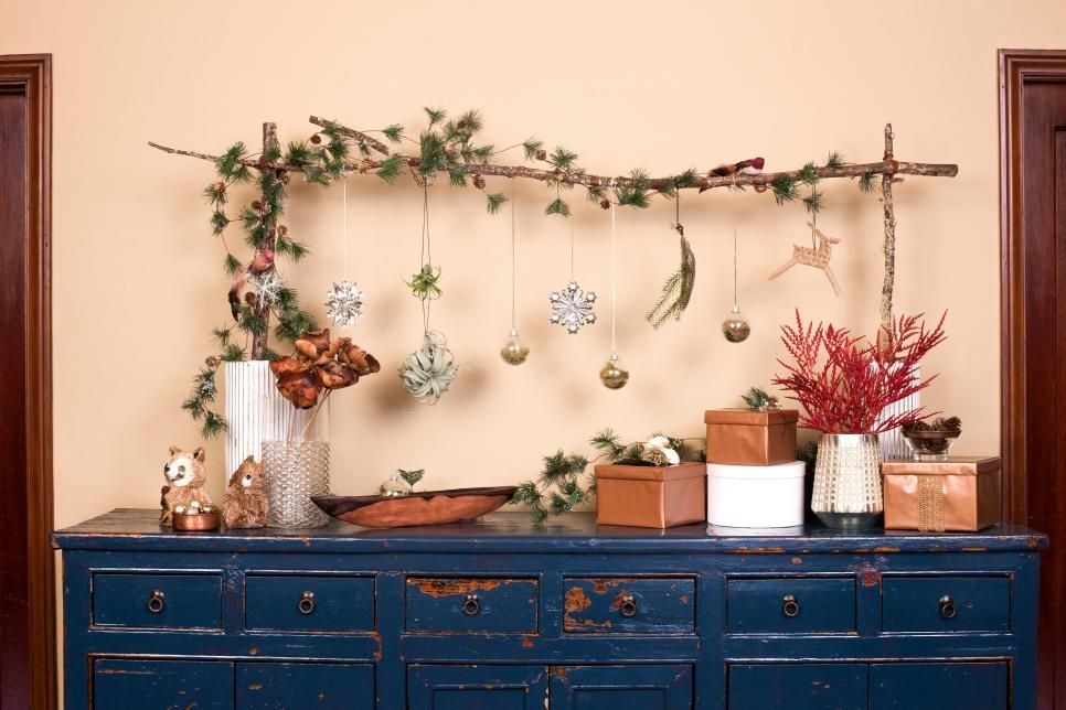 4 Christmas Tree Alternatives If You\u0027re Short on Space and Cash