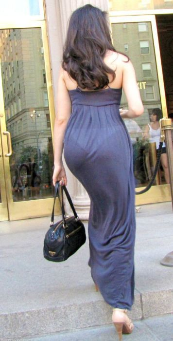 6ade5b06a See Through Dresses With A Great View (47 pics)