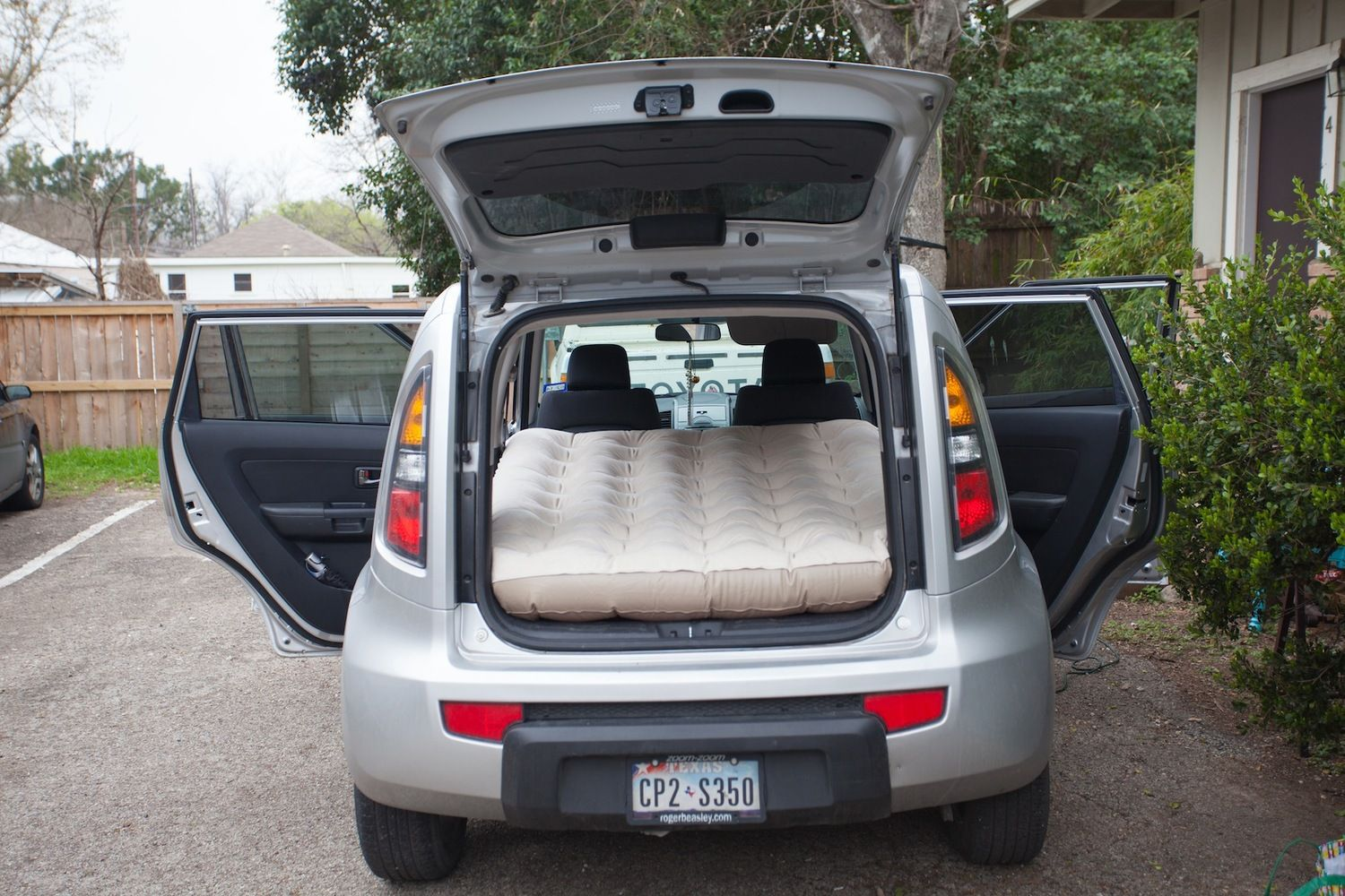 Can You Sleep Or Camp In A Kia Soul Yes You Can Kia Soul