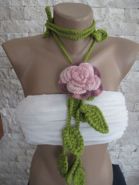 Crocheted degrade pink color  flower.lariat by selecta6 on Etsy