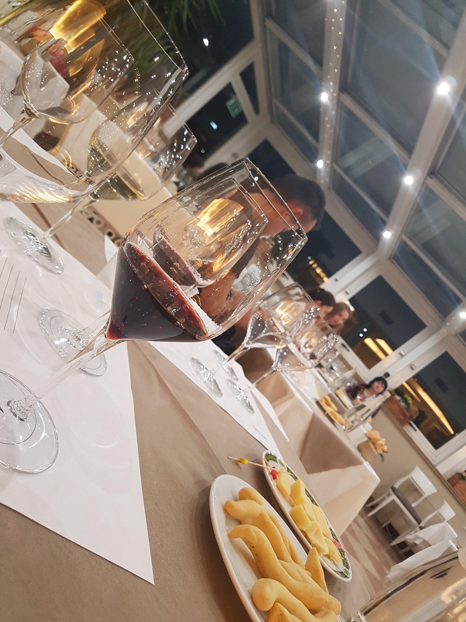 Dai #ColliEuganei al veronese con il #ValpolicellaRipasso #WineTastingEmotions #winetasting #wine